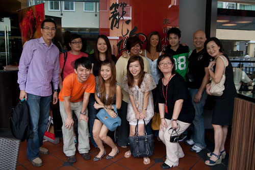 group picture at Dragon-i, the curve
