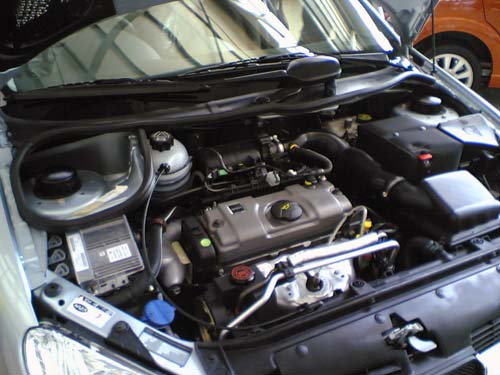 Naza Peugeot 206 Bestari engine bay