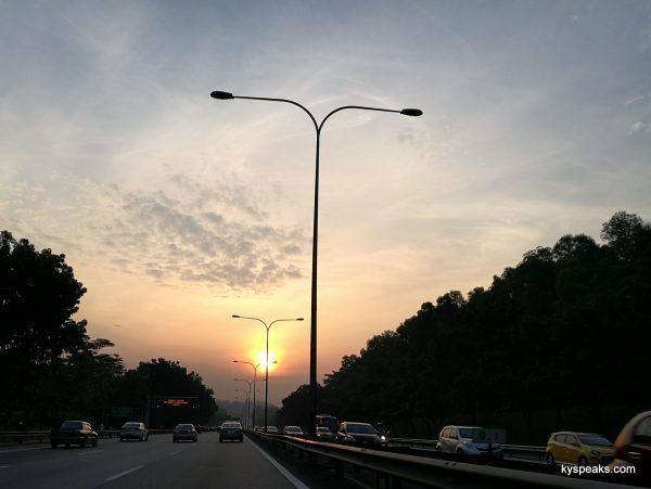 sunset on Federal Highway, Huawei P9