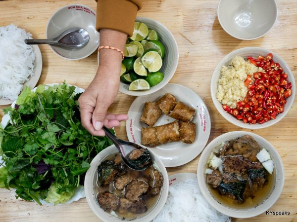 bun cha comes with plenty of vegetables