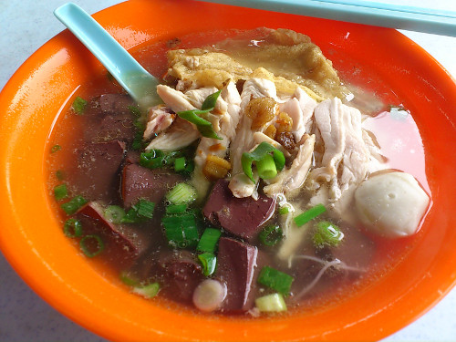 kuih teow soup with coagulated blood