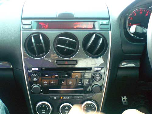 Mazda 6 2.3 liter test drive, center console