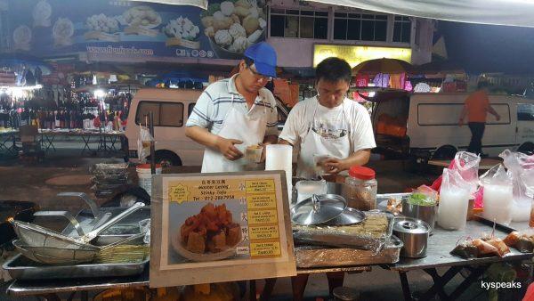stinky tofu stall at Pasar Malam Meru