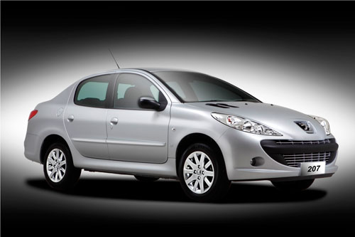 Silver Peugeot 207