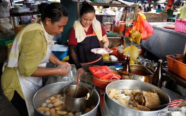 curry chee cheong fun stall, Pudu Market