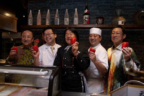 the owners, Chef Hiroshi Miura, Chef Atsushi Nishibuchi, and Iron Chef Sakai