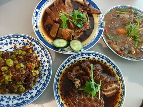 stew duck, fried grouper skin, stew intestine & pork bell, petai