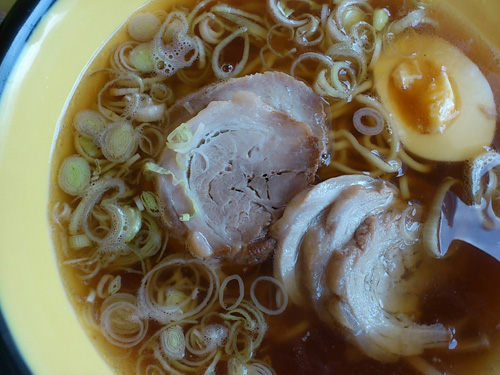 Chasiu ramen with glistering pork & 3/4 boiled egg