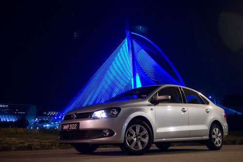 Volkswagen Polo Sedan by Seri Wawasan bridge, Putrajaya