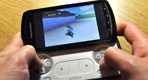 Xperia Play review photo