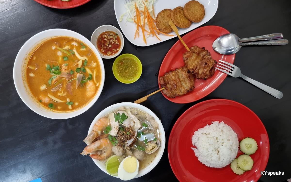 tomyam, baan korat special, fish cake, moo ping (pork skewer)